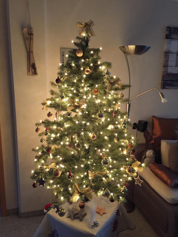 Weihnachtsbaum 600x800 - Erfahrungsbericht – Devolo Home Control – Weihnachtsbeleuchtung mit Schaltsteckdosen