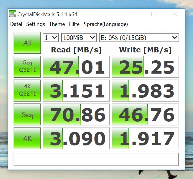 Benchmark - CrystalDiskMark - SanDisk Extreme Plus microSDHC Class 10, U3 mit 16GB