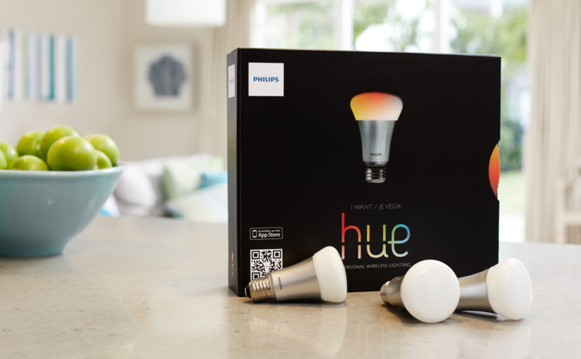 hue starter kit pressebild1 825x510 - Erfahrungsbericht – Philips Hue Starter Set & Wireless Dimming Kit (E27)